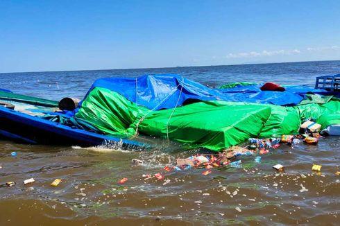 Kapal Pengangkut 110 Ton Sembako Tenggelam di Perairan Kalbar