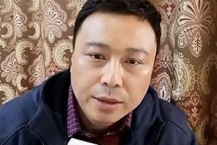 Dr Tao Lina, seorang pakar vaksin dari Shanghai, China, dalam unggahannya di Weibo menyebut vaksin Covid-19 yang diproduksi Sinopharm adalah vaksin yang paling tidak aman di dunia, sebelum kemudian dihapus.