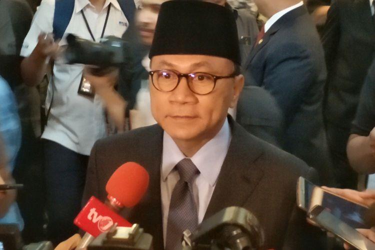 Ketua Umum Partai Amanat Nasional (PAN) Zulkifli Hasan saat ditemui di Kompleks Parlemen, Senayan, Jakarta, Selasa (24/7/2018).