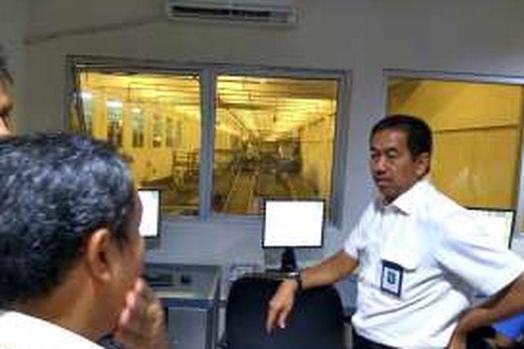 Dirut AP II Muhammad Awaluddin di sela-sela kunjungan ke Bandara Kualanamu Medan, Sabtu (7/1/2016).