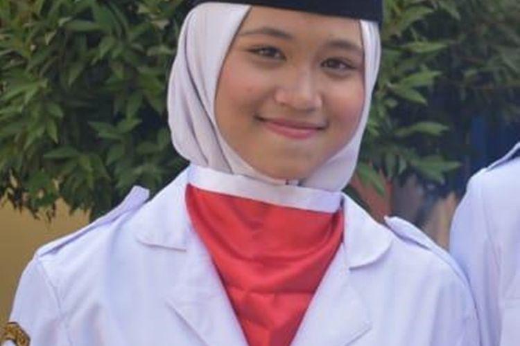 Foto calon pasukan pengibar bendera pusaka (Paskibraka) asal Bogor bernama Audri Viranti Islanda (16), siswi SMK ini telah aktif Paskibraka tingkat sekolah di wilayah Kecamatan Klapanunggal, Bogor, Jawa Barat.