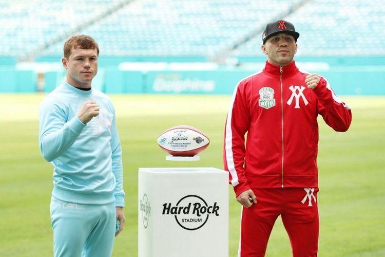 Raja tinju dunia, Canelo Alvarez, akan menghadapi pertarungan mempertahankan gelar kelas menengah super versi WIBC kontra Avni Yildrim di Hard Rock Stadium, Miami, pada Minggu (10/2/2021) pagi WIB.