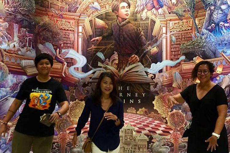 Kaan Show di Pattaya, Thailand. Pertama kalinya di Thailand ada pertunjukan panggung dan teknologi kelas dunia yang terinspirasi oleh sastra Thailand klasik.