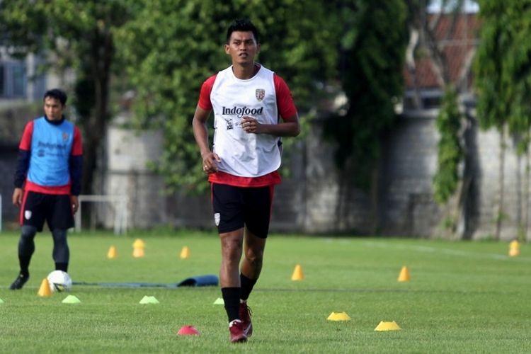 Penyerang Bali United, Lerby Eliandry.