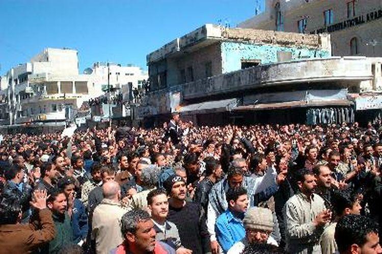 Hari Ini dalam Sejarah: Demo Besar Dunia Menentang Invasi AS ke Irak