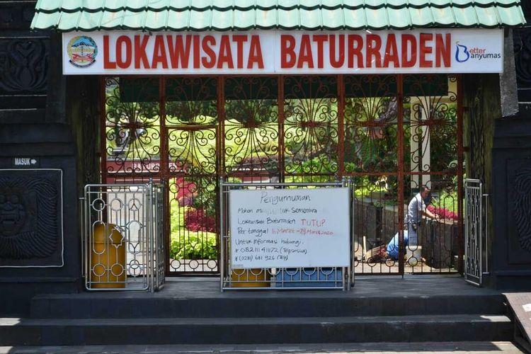 Lokawisata Batturraden, Kabupaten Banyumas, Jawa Tengah, ditutup sementara waktu akibat pandemi virus corona (Covid-19).