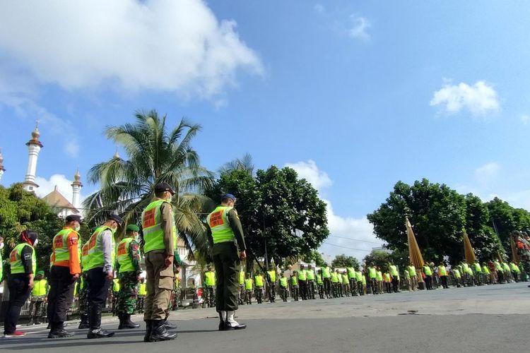 Tim penegakkan yustisi bersiap berkeliling melakukan operasi warga tak bermasker di seluruh wilayah Kota Tasikmalaya, Kamis (24/9/2020).