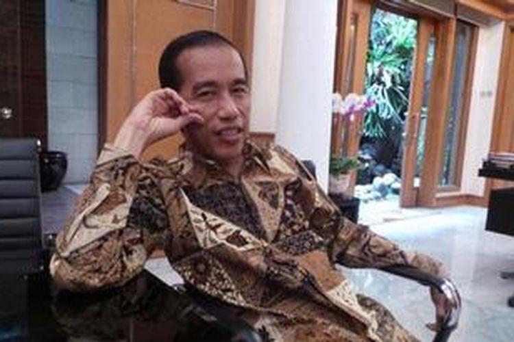 Gubernur DKI Jakarta Joko Widodo saat berbincang dengan Kompas.com, di Balaikota Jakarta, Kamis (23/5/2013).