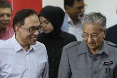 Mahathir Siratkan Serahkan Kekuasaan ke Anwar Ibrahim Setelah KTT APEC 2020