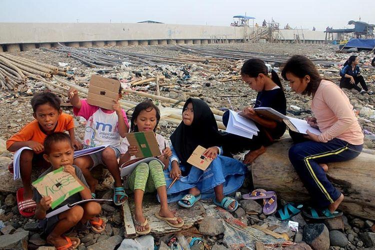 Kegiatan kelas jurnalis cilik di Cilincing, Jakarta Utara