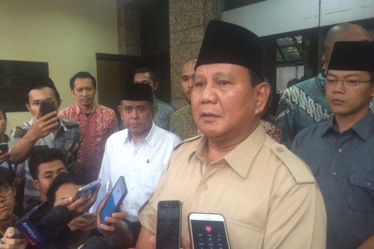 Bakal calon presiden  sekaligus Ketua Umum Partai Gerindra Prabowo Subianto di Kantor PBNU, Jakarta Pusat, Kamis (16/8/2018).