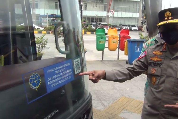Kakorlantas Polri Irjen Istiono meninjau Terminal Terpadu Pulo Gebang, Jakarta Timur, Selasa (4/5/2021).