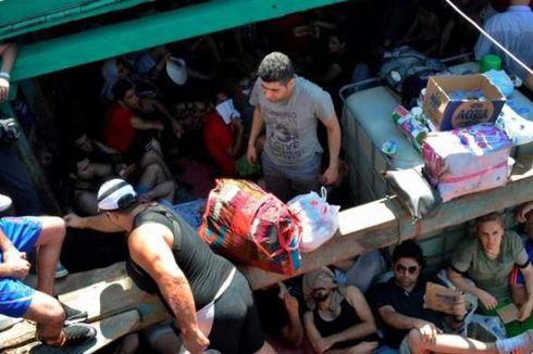 Diusir di Perairan Australia, Perahu Imigran Terdampar di Pangandaran
