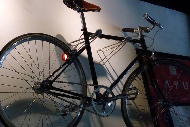 Foto ilustrasi sepeda dan kegiatan bersepeda. Lokasi di Kayuh Clubhouse, Jalan Cikajang, Kebayoran Baru, Jakarta Selatan.