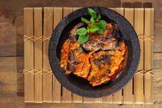 Resep Ikan Pari Asap Penyet, Nikmat dengan Sambal Bawang