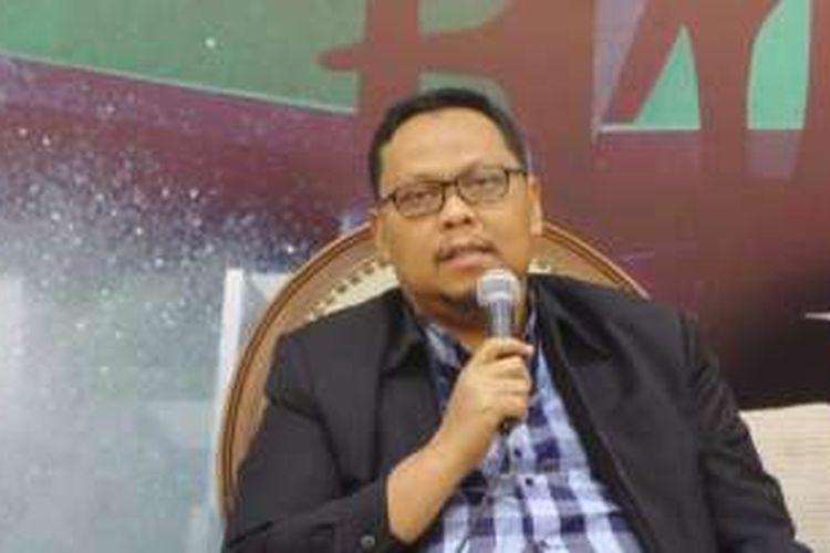 Wakil Ketua Komisi II Lukman Edy di Kompleks Parlemen, Senayan, Jakarta, Kamis (27/10/2016)