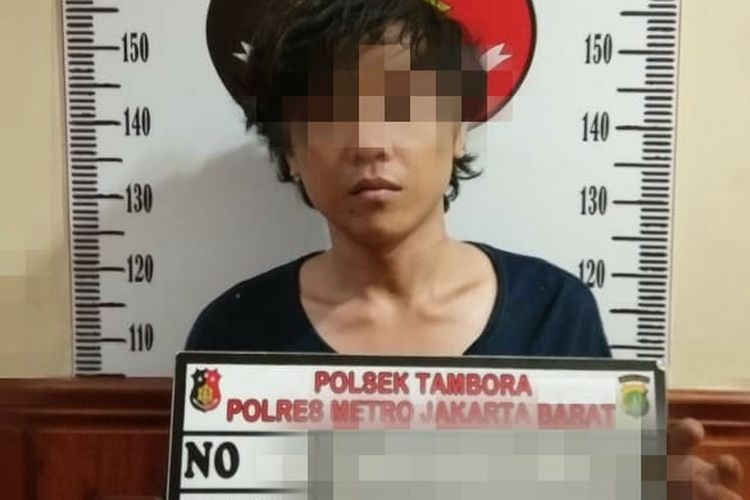 Salah satu pelaku begal HP yang ditangkap oleh Satreskrim Polsek Tambora, Jakarta Barat