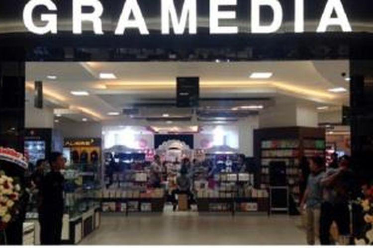 Toko Buku Gramedia di Aeon Mal, BSD City, Tangerang Selatan, Banten.