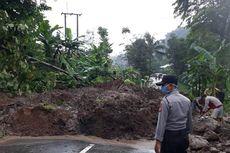 Tebing Longsor Timbun Jalan Sumedang-Subang, Akses Jalur Provinsi Lumpuh