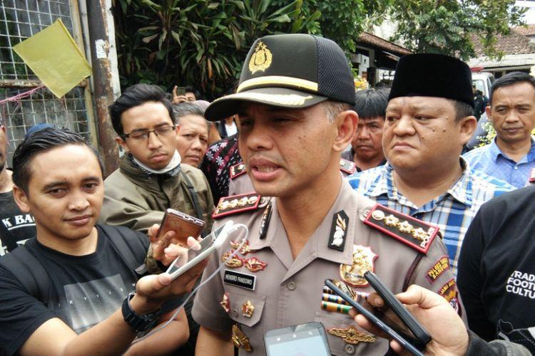 Kapolrestabes Bandung Kombes Pol Hendro Pandowo saat ditemui usai melayat almarhum Ricko di Jalan Tamim Abdul Sukur, Cicadas, Kamis (27/7/2017)