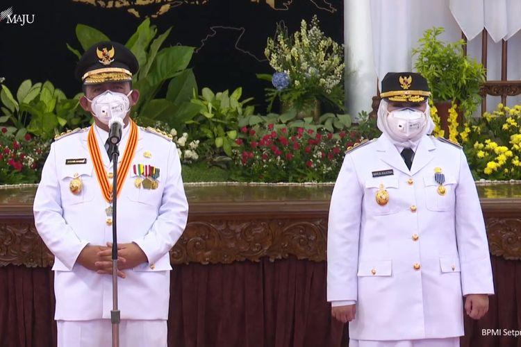 Foto tangkapan layar Gubernur dan Wakil Gubernur Kepulauan Riau (Kepri) Ansar Ahmad dan Marlin Agustina di Istana Negara, Jakarta, Kamis (25/2/2021).