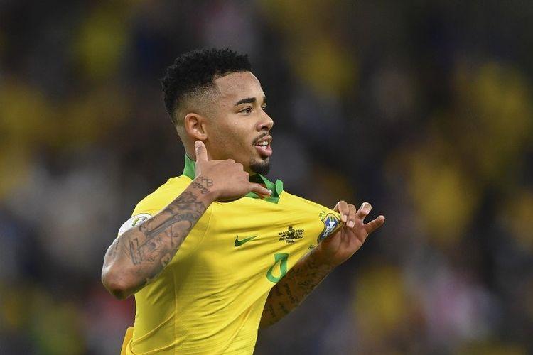 Penyerang Selecao, Gabriel Jesus, merayakan golnya pada pertandingan Brasil vs Peru dalam final Copa America 2019 di Stadion Maracana, 7 Juli 2019.