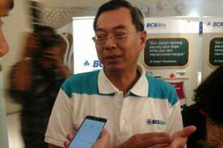 Direktur PT Asuransi Jiwa BCA, Yannes Chandra