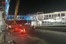 Wajah Skybridge Penghubung Stasiun LRT Velodrome dengan Halte Pemuda Rawamangun