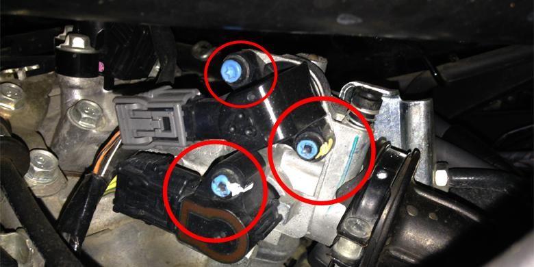 Pastikan baut pada mesin masih tersegel atau belum rusak