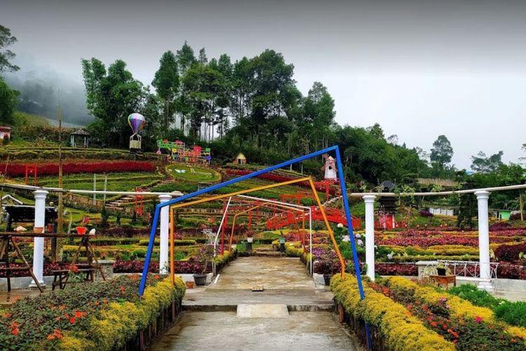 Tempat wisata bernama Taman Bunga Kutabawa di Kabupaten Purbalingga, Jawa Tengah.