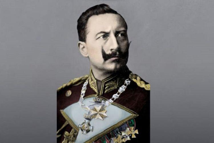 Wilhelm II, Kaisar terakhir Jerman yang memerintah pada 15 Juni 1888 hingga akhir Perang Dunia I pada 9 November 1918.