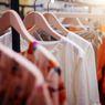 Mencegah Timbulnya Jamur pada Baju yang Disimpan Lama