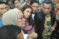 (VIDEO) Atiqah Hasiholan Tanggapi Vonis Ratna Sarumpaet