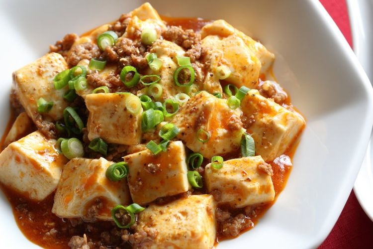 Tofu is one plant-based protein that can be used in place of meat on a flexitarian diet.