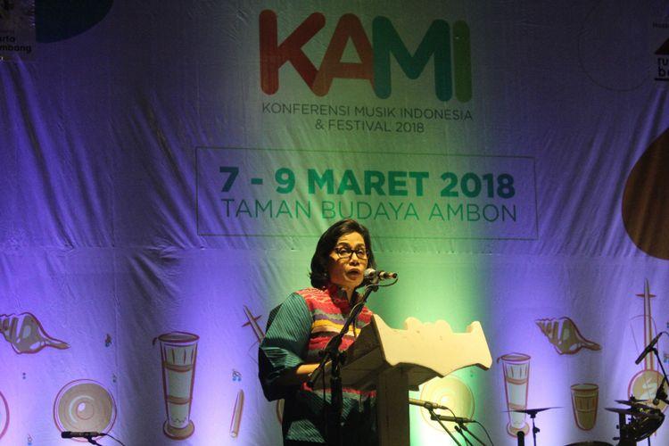 Menteri Keuangan RI, Sri Mulyani Indarwati saat tampil sebagai pembicara dalam acara pembukaan Konferensi Musik Indonesia di Taman Budaya, Ambon, Rabu (7/2/2018).