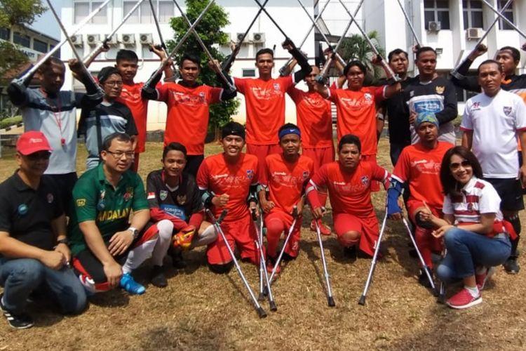INAF merupakan tim sepak bola para amputasi yang gemar mengolah si kulit bundar.