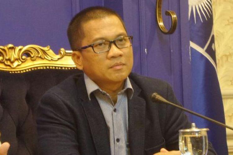 Anggota Komisi II dari Fraksi Partai Amanat Nasional (PAN), Yandri Susanto di Kompleks Parlemen, Senayan, Jakarta, Rabu (8/2/2017).