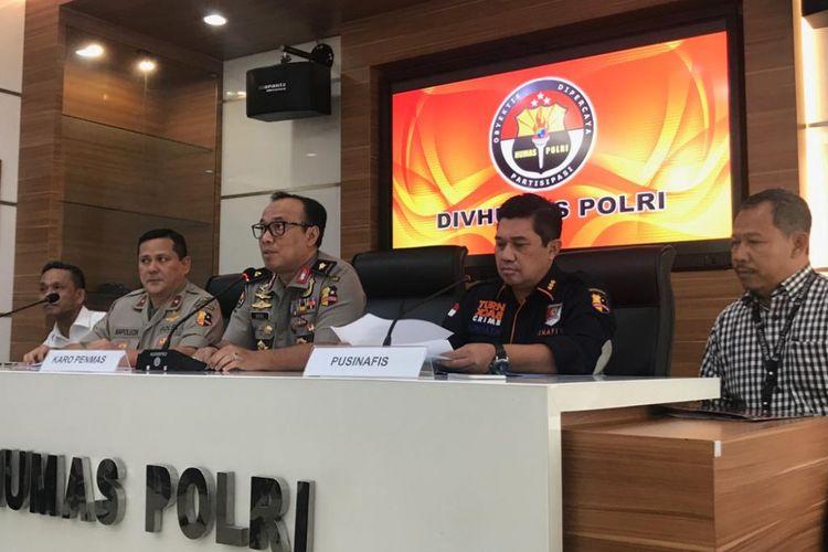 Konferensi pers terkait WNI yang diduga dimutilasi di Malaysia, di Gedung Humas Mabes Polri, Jakarta Selatan, Kamis (14/2/2019).