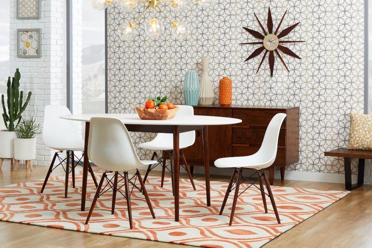 Karpet ruang makan bergaya mid-century