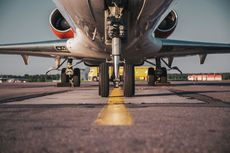 8 Tips Atasi Kecemasan untuk Kamu yang Takut Naik Pesawat