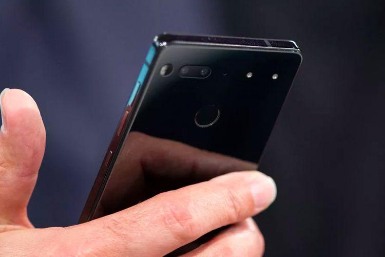 Essential Phone rancangan Andy Rubin