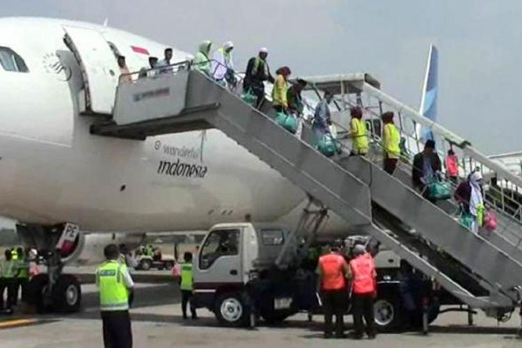 Rombongan haji tiba di Bandara Adisumarmo Solo