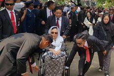 Kenangan Sinta Nuriyah kepada Habibie dalam Sekotak Kurma...