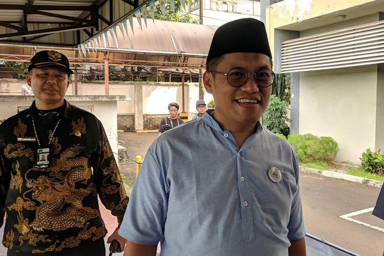 Direktur Utama PAM Jaya Bambang Hernowo memberi keterangan kepada wartawan di kantornya, Rabu (10/4/2019)