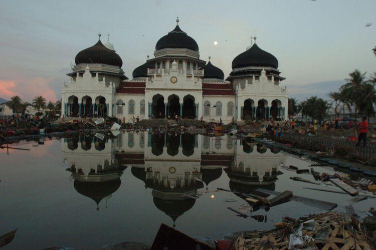 Gempa dan Tsunami Di NAD dan Sumut