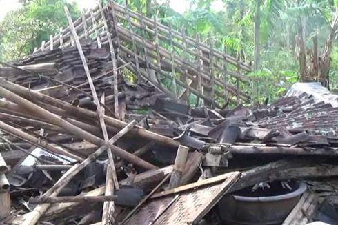 Angin Puting Beliung di Cianjur, 2 Rumah Ambruk dan Belasan Rusak