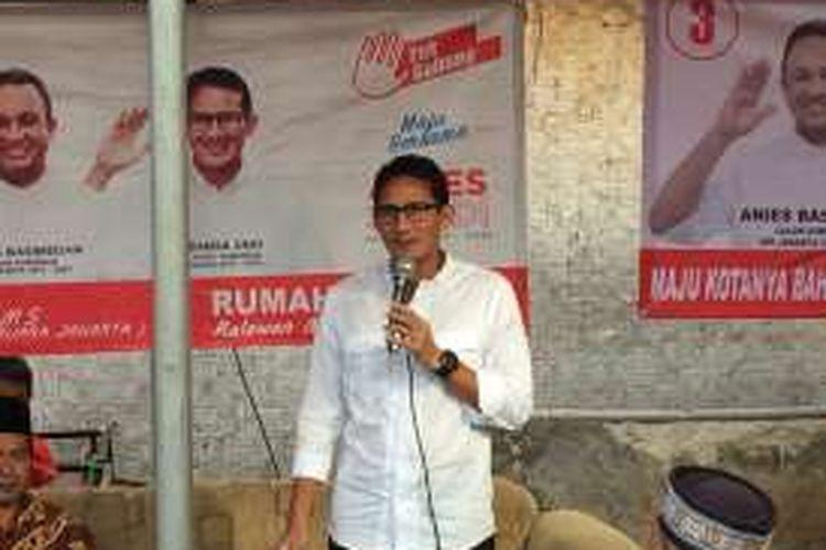Calon wakil gubernur DKI Jakarta, Sandiaga Uno di Kedoya Selatan, Jakarta Barat, Jumat (23/12/2016).