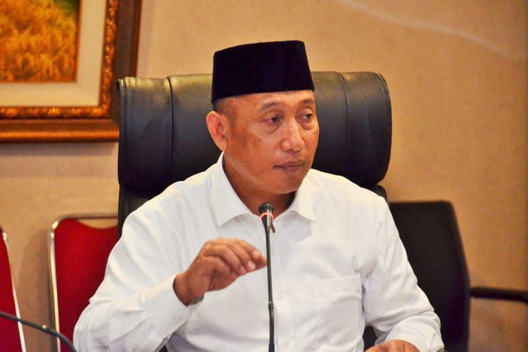 Koordinator Nasional Pusat Tampung Aspirasi Masyarakat Indonesia (Pustari), Arum Sabil, Mengusulkan Kabupaten Banyuwangi, Jawa Timur, untuk jadi ibu kota negara.