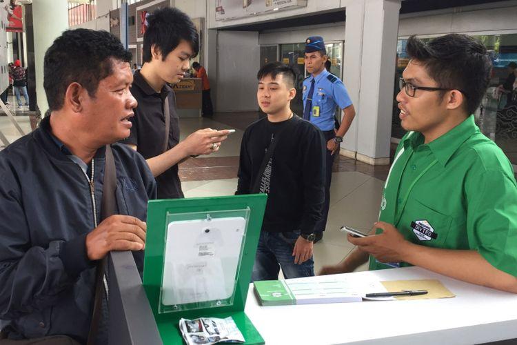 Simak Cara Pesan Grab Dan Gocar Di Bandara Soekarno Hatta Halaman All Kompas Com