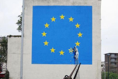 Banksy Tak Permasalahkan Penghapusan Mural Brexit Miliknya